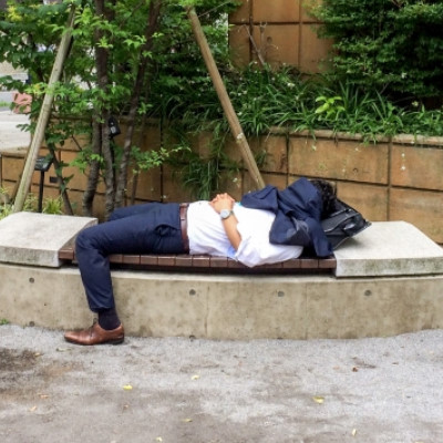 睡眠の寝溜めは実は逆効果だった!?効果的な睡眠方法は何?