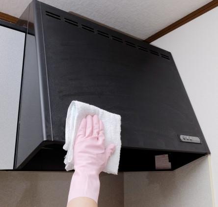 換気扇の簡単な掃除の仕方をプロが教えます!外し方やファンの洗浄は