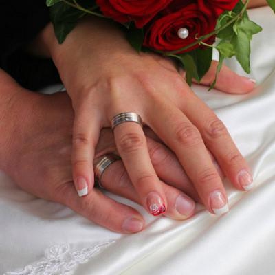 結婚30年の真珠婚式プレゼント!両親が喜ぶ定番を厳選して紹介