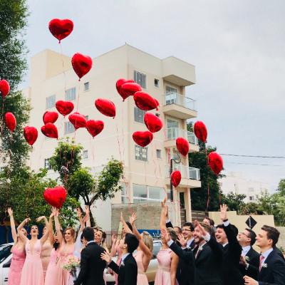 結婚式の余興2020!歌うと感動する男性の曲を厳選15紹介