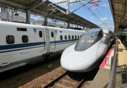 新幹線の早割!大阪~福岡間を安くする方法を徹底解説